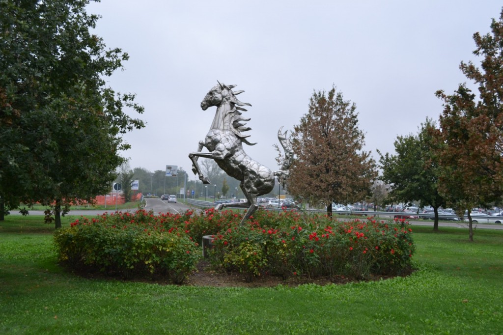 Maranello roundabout horse
